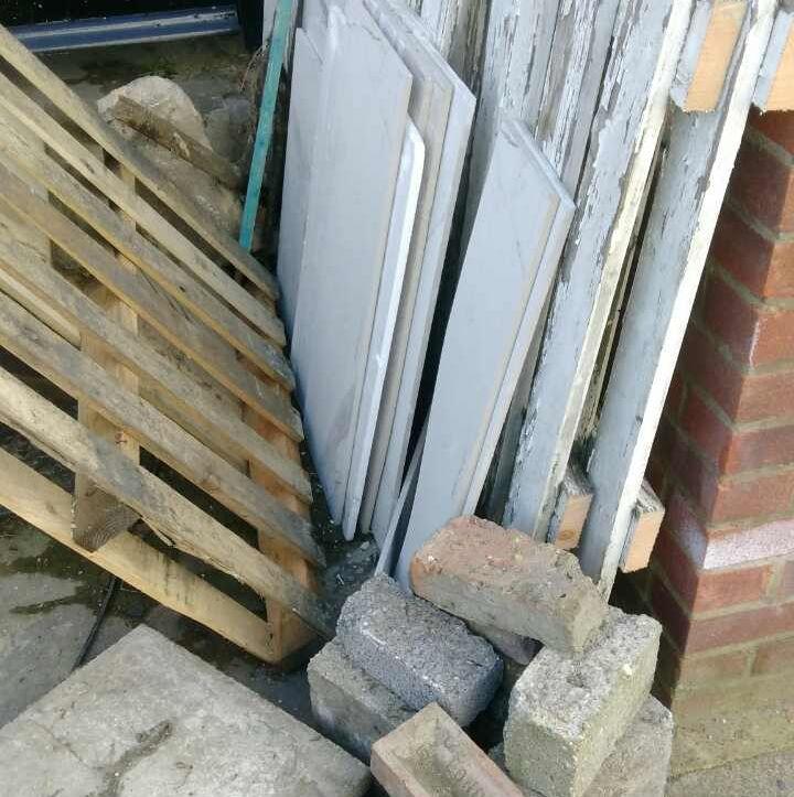 E6 Garden Rubbish Disposal
