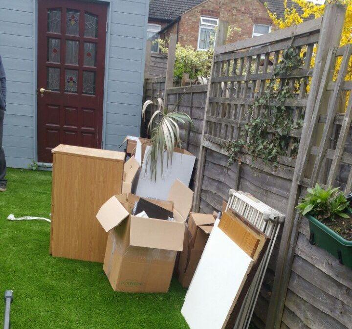 Rubbish Collectors in TN1