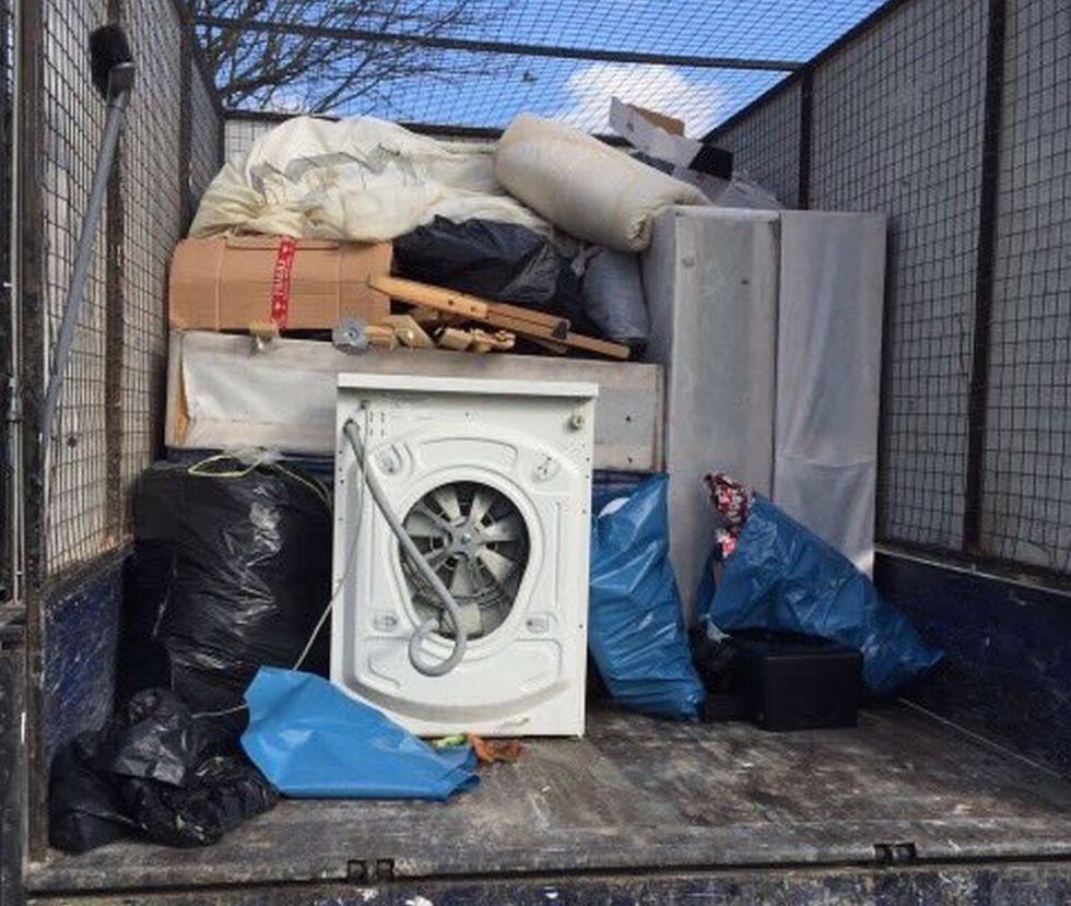 Rubbish Collectors in E16