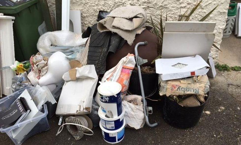 Rubbish Collectors in E14
