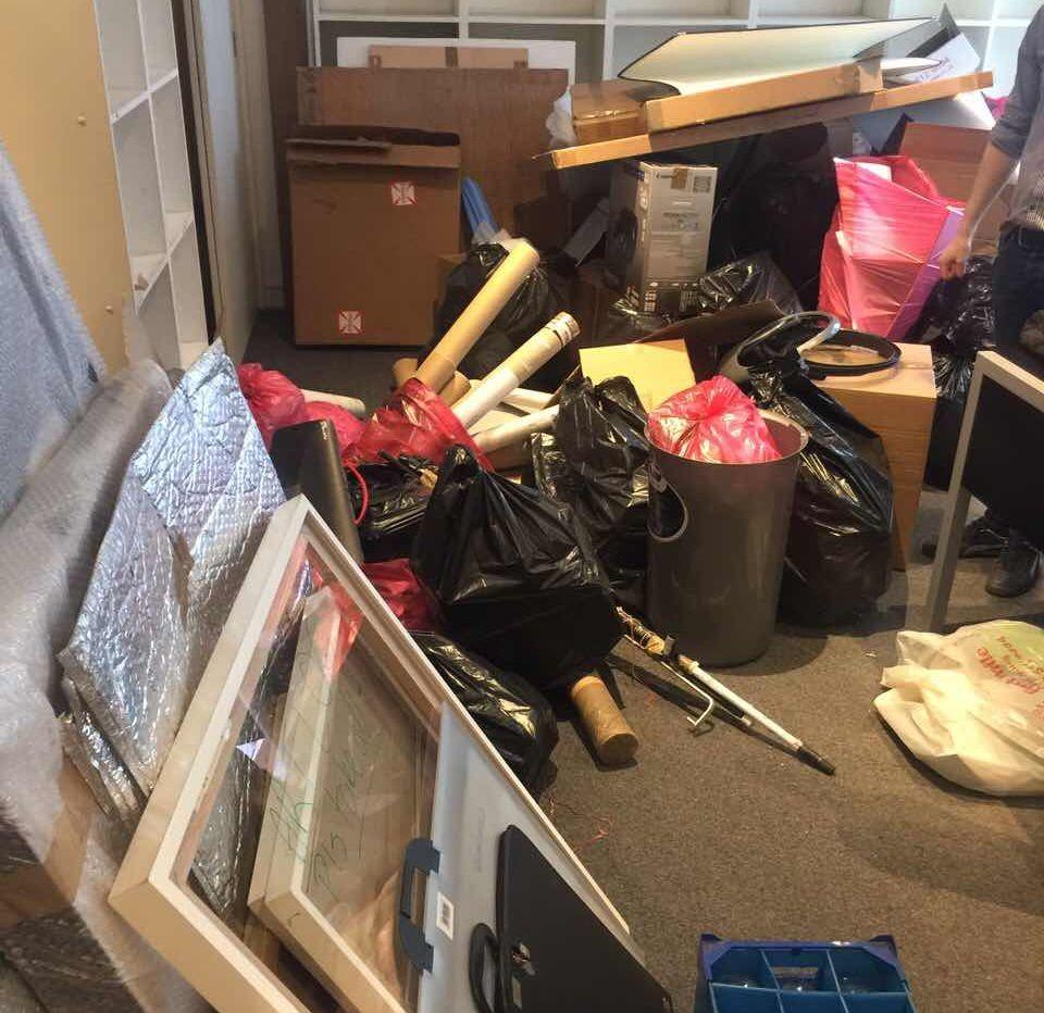 Rubbish Collectors in BR3