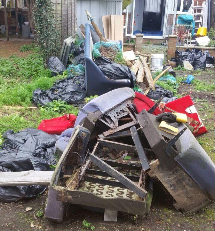 Rubbish Collectors in BR2