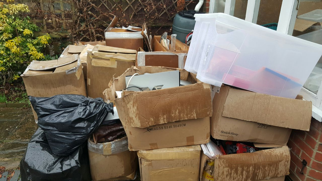 Rubbish Collectors in WC1