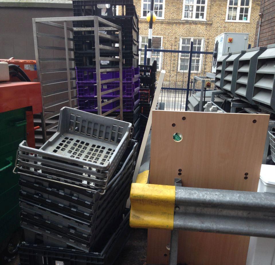 Rubbish Collectors in EC1