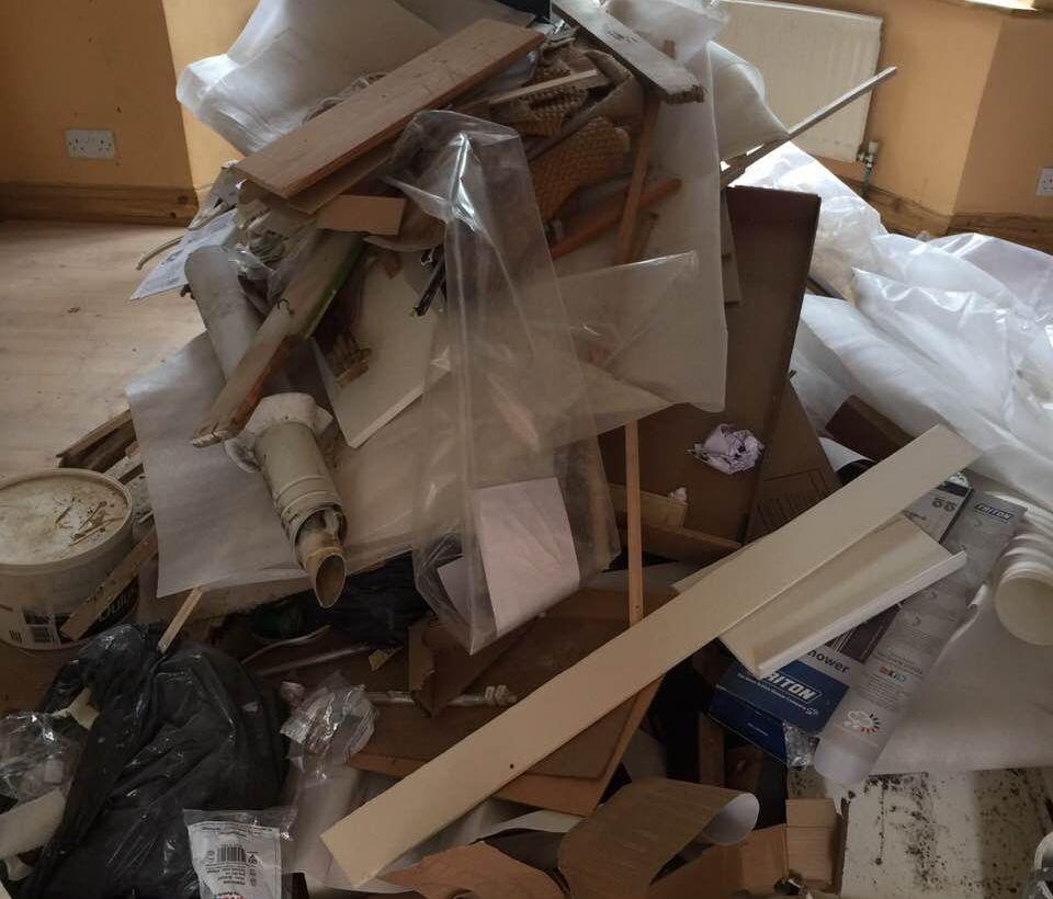 Rubbish Collectors in SW1