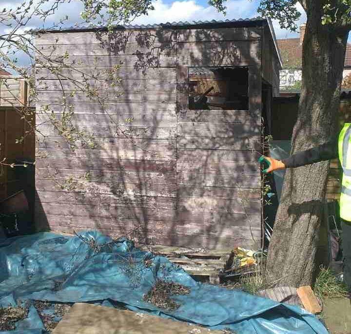 E14 Garden Rubbish Disposal